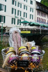 Panier garni - Produits de terroir Meyrueis Hôtel Family & Spa