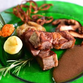 Viande cuisinée tendre Meyrueis Hôtel Family & Spa